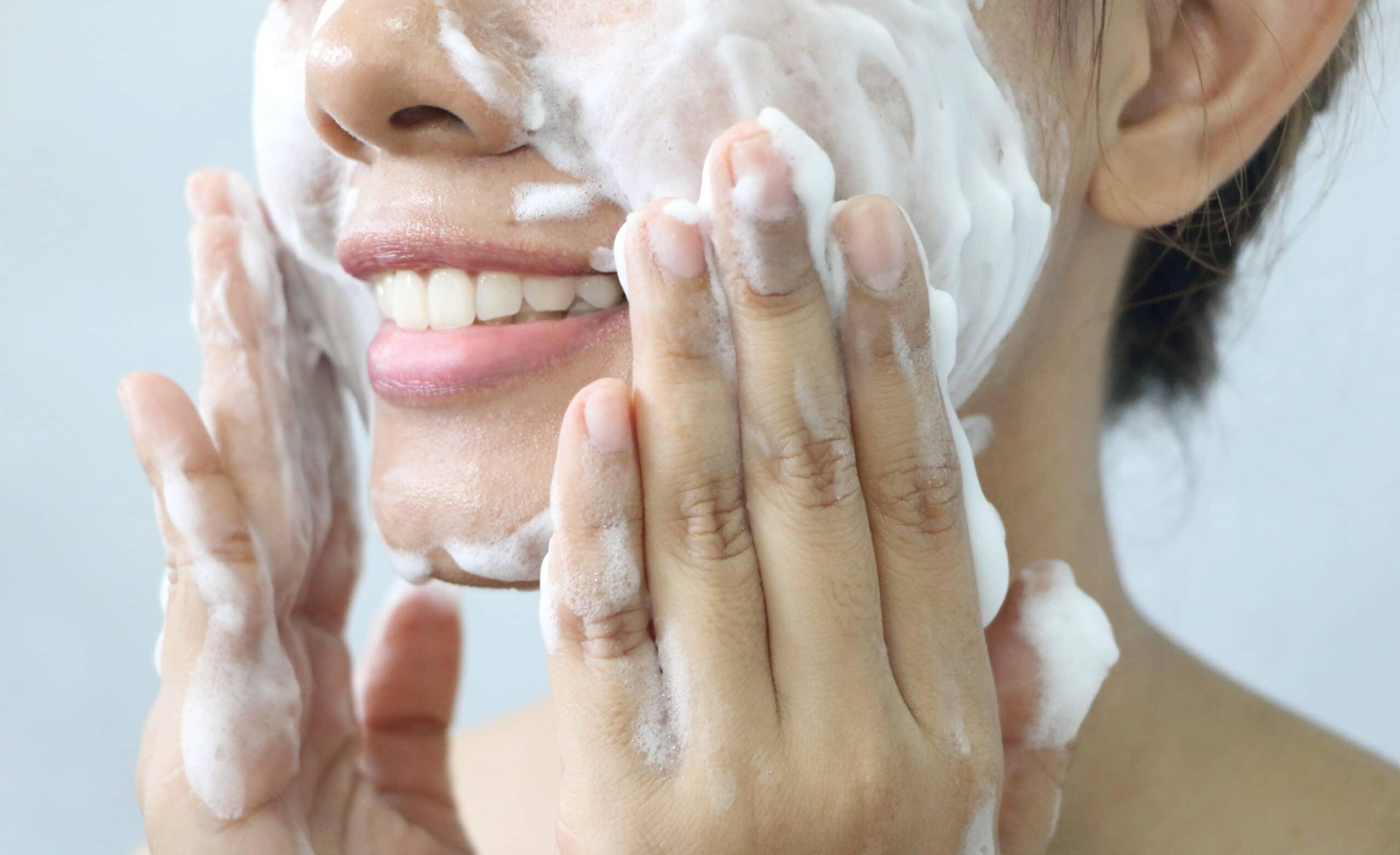 Double cleansing of dubbel reinigen – 3 stappen