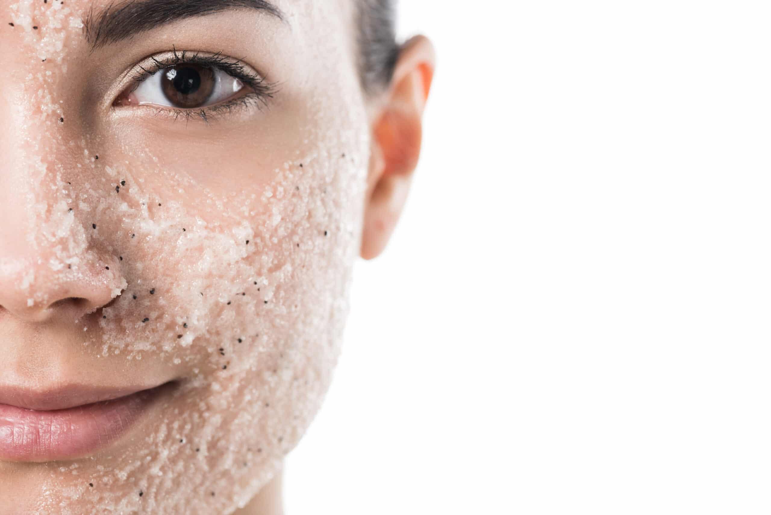 Quel exfoliant selon votre type de peau ?